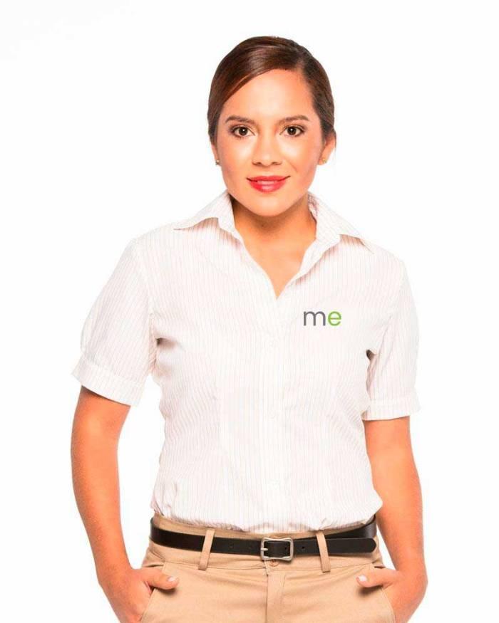 Uniformes empresariales para Mercaderistas M18 defrente