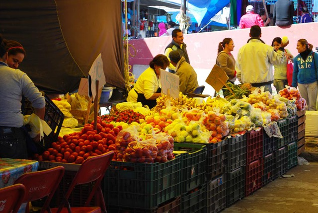 Mexico's tianguis, or itinerant markets, offer the freshest of fruits and vegetables © John Scherber, 2013