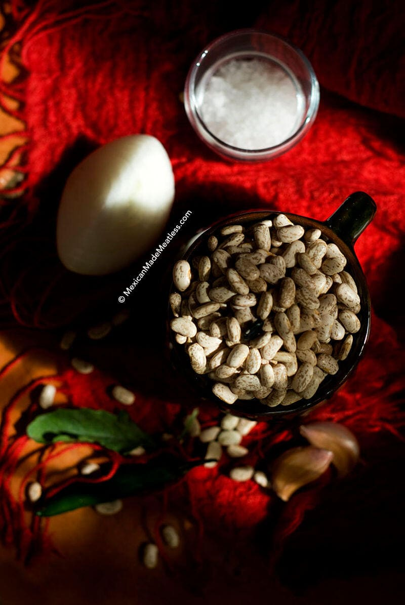 Frijoles de Olla: How To Make A Pot of Mexican Beans| #beans #mexican #cookingbasics