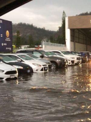 Inundaciones debido a la fuerte lluvia