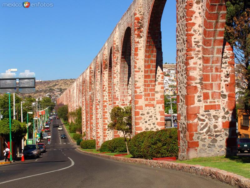 Querétaro, México: Acueducto de Querétaro