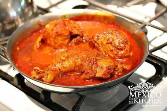 Prepara esta receta en la estufa, Pollo Pibil