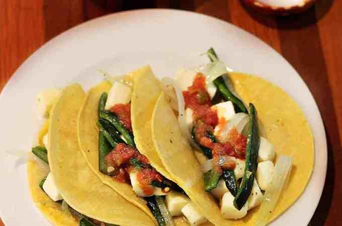 Receta Tacos de chile poblano asado y queso