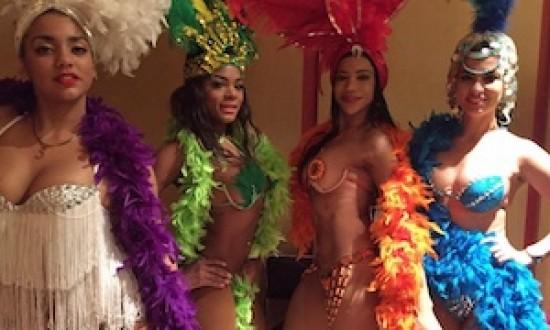 Bailarinas cubanas derrochan sensualidad en show