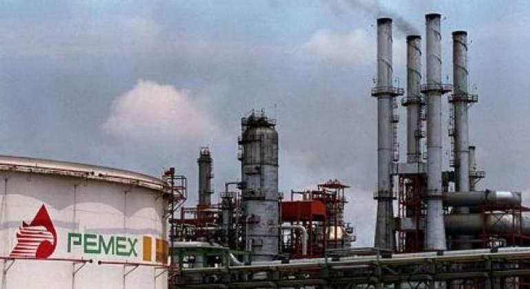 Reporta PEMEX record histórico de inversión en campos petroleros
