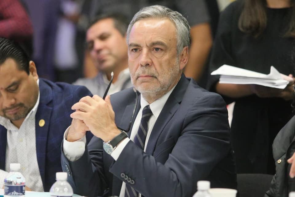 Co nuevos titulares SAT y Oficialía Mayor, garantiza la eficiencia hacendaria: R. Cuéllar