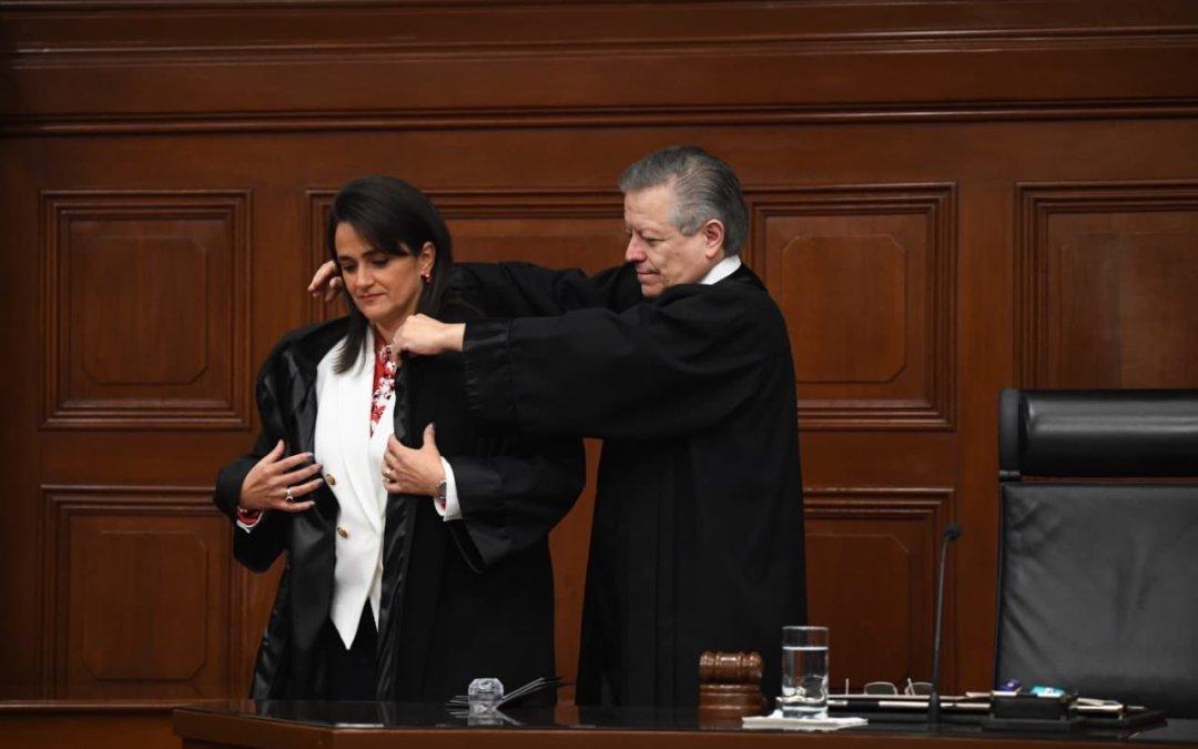 Ríos-Farjat toma protesta como nueva ministra de la Corte