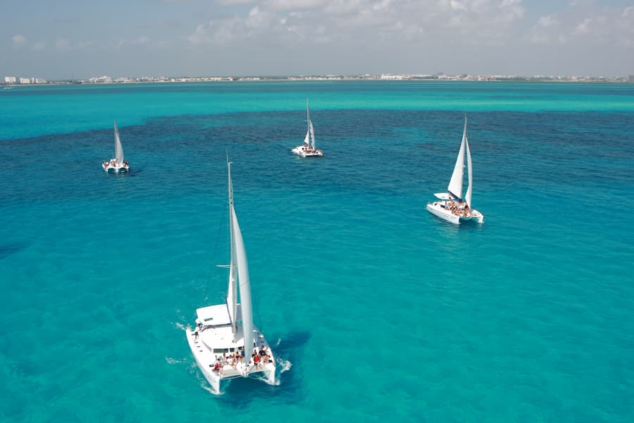 SAT Mexico tours and travel catamaran isla mujeres tour
