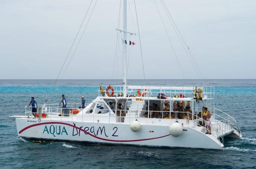 Catamaran para esnorquel en Cozumel
