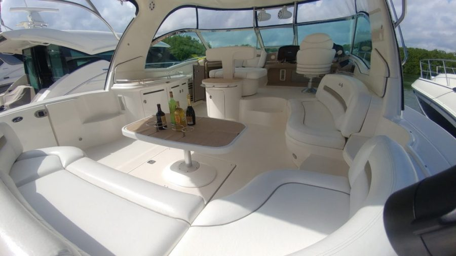 Sea Ray Yacht for rent at Cancun