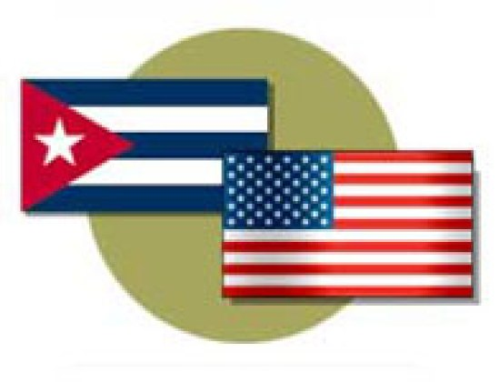 cuban_and_american_flag_side_by_side