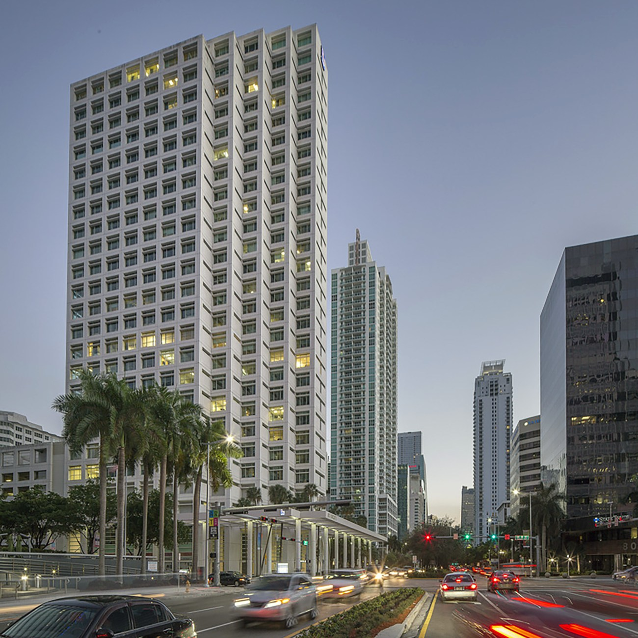 Cushman & Wakefield Negotiates Sublease in Former RBC Space at 801 Brickell