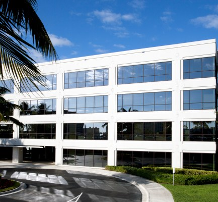 Cushman & Wakefield Negotiates 43,624-SF HQ Lease With Parbel at Waterford Atrium