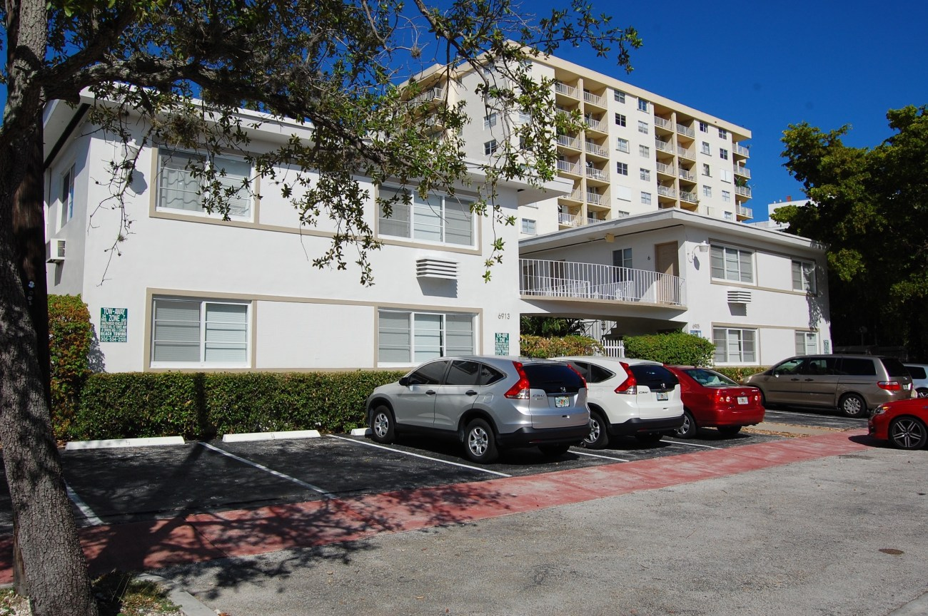Cushman & Wakefield Negotiates Sale of Miami Beach Apartment Community