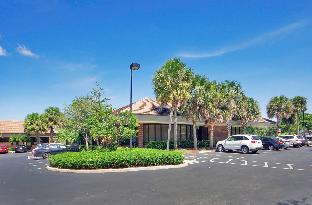 Cushman & Wakefield Represents the Kislak Organization in  $11.3M Sale of Plantation Professional Park