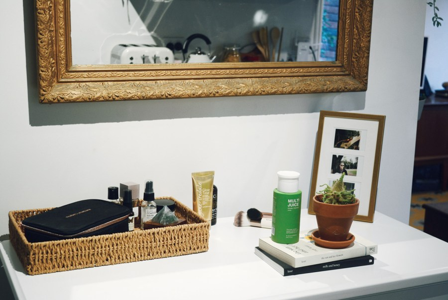 Compact Eco Home Organic Beauty