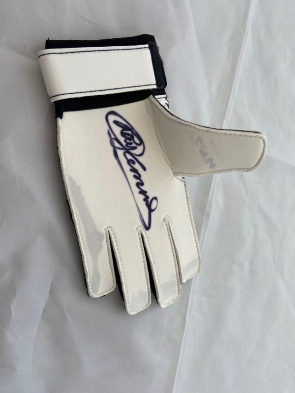 Ray Clemence Signed Goalkeeper Glove see photo | | MFM ...
