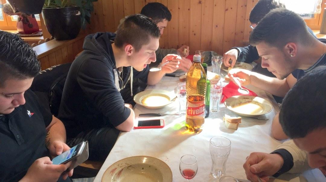 Jeudi Matin VE Suisse TA CFA MFR Puy-Sec Mars 2018 Restaurant les Poneys (16)