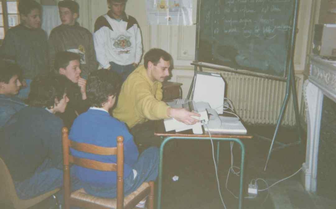Archives anciens élèves mfr puy-sec 1991 Mr Gérard VERGNAUD Moniteur