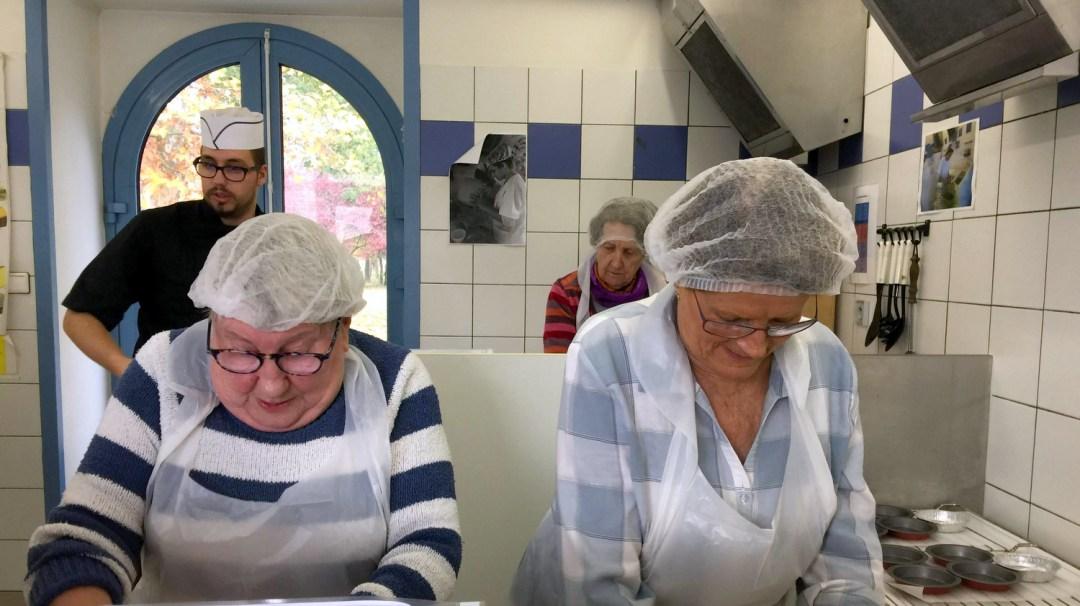 Atelier Patisserie J1 tarte au chocolat et sa farandole de fruits CFA MFR Puy-Sec Formations Adultes (25)