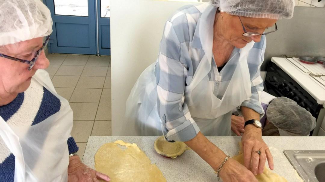 Atelier Patisserie J1 tarte au chocolat et sa farandole de fruits CFA MFR Puy-Sec Formations Adultes (34)