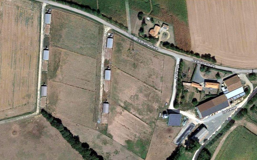Les Techniciens Agricoles du CFA découvrent l'agriculture biologique au GAEC «La Grange»
