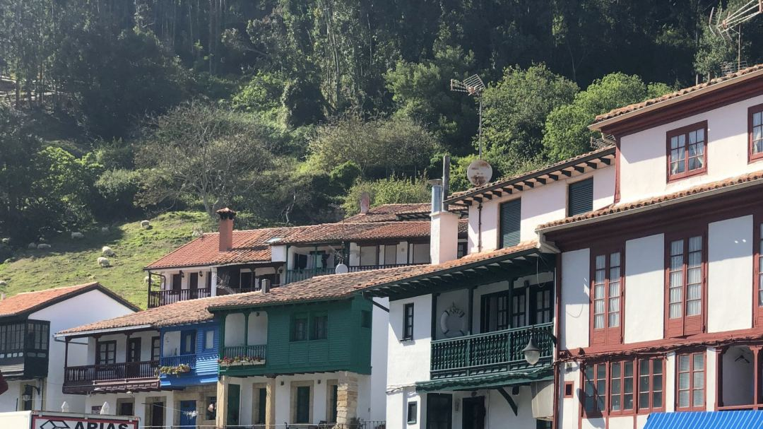Village Tazones