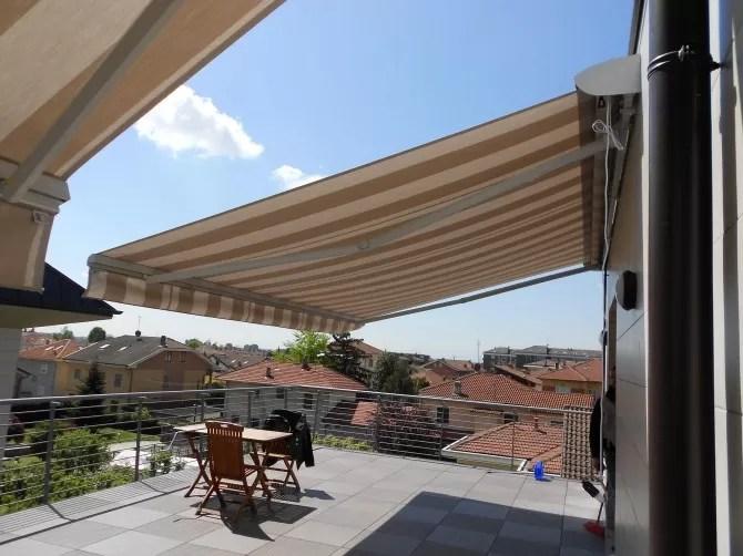 Se però non hai la manualità necessaria o non vuoi correre rischi installando una tenda da sole all'esterno, puoi inviare la tua richiesta a instapro per. Tende Da Sole A Bracci Estensibili Mf Tende Da Sole Torino