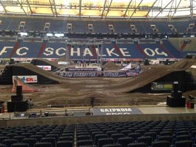 Scaffold Landing Auf Schalke 01