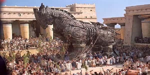 معلومات تاريخية عن حصان طرواده