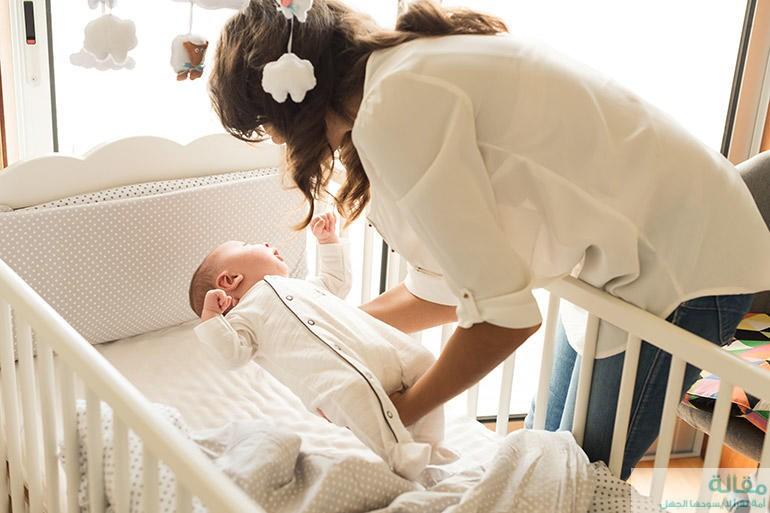 خطوات تساعدك علي تنويم الطفل الرضيع بطريقة سريعة