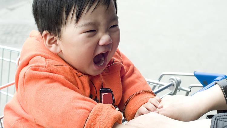 نصائح احترافية لإدارة نوبات غضب الأطفال