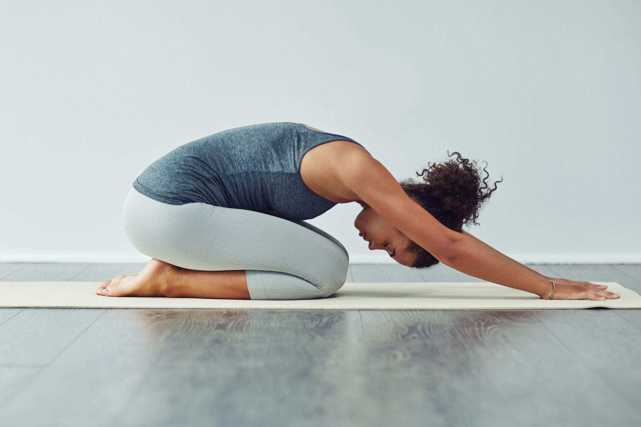 تمارين إطالة تساعد في تقوية ظهرك