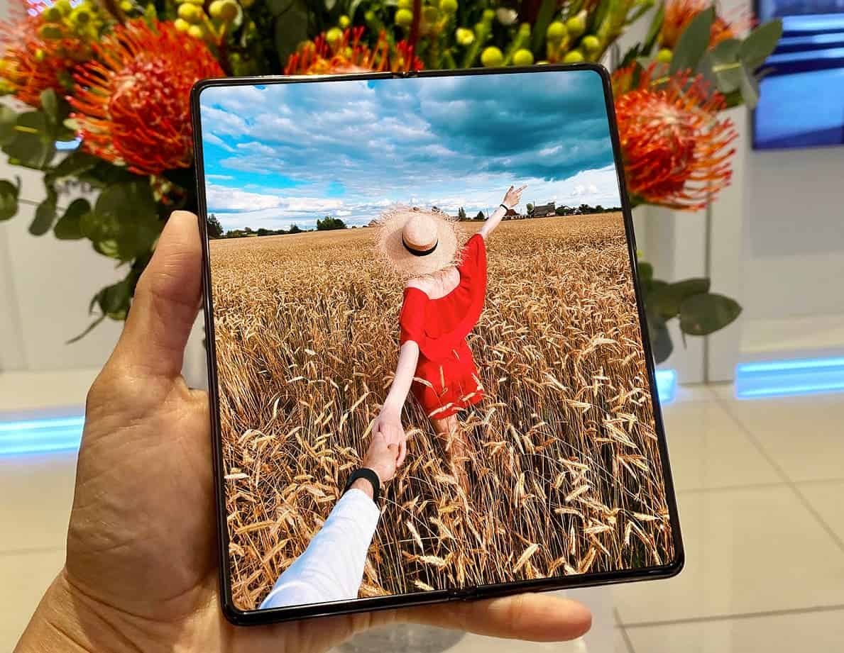 Samsung Galaxy Z Fold 3 جهاز لوحي ثلاثي الطيات 2022