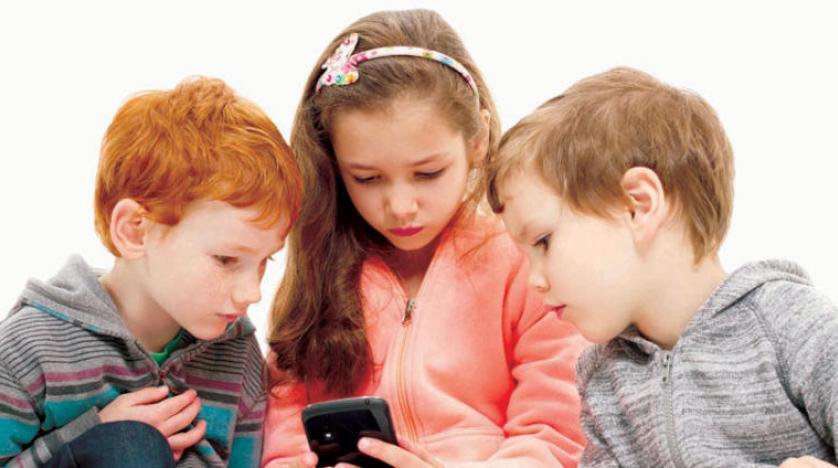 تأثير الهاتف المحمول علي ذاكرة طفلك