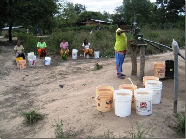 2009_06_20 Paraguay Indigenous (34)