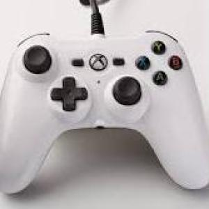 Xbox One: Power A Xbox One Mini Wired Ohjain White (Vaurioitut pakkaus)