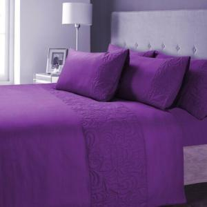 Broomhill & Co Bedding Kingsize Throwover Quilt Elora Mulberry Purple Silk