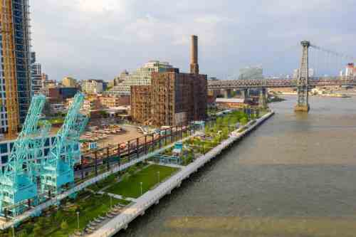 Domino Park - Industrial Open Space Redevelopment