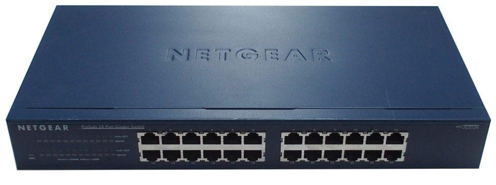 Netgear GS524T