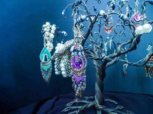 tree of jewelry