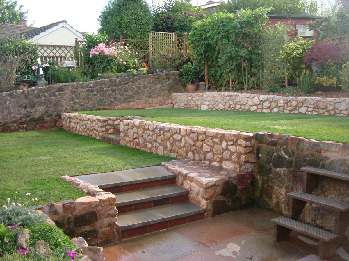 Tiered Garden - MGWale Landscapes on Tiered Yard Ideas  id=26936