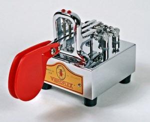 Vibrocube Deluxe Morse key