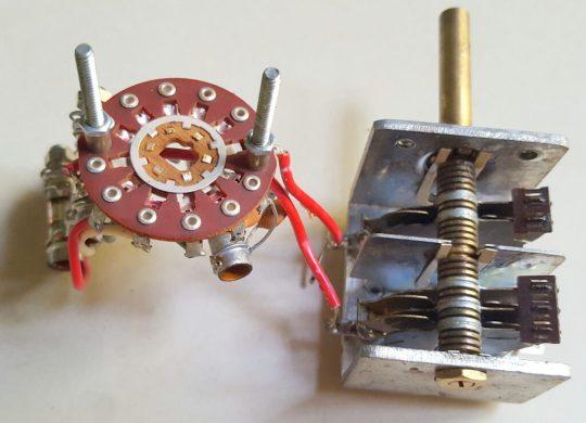 Atlas 215X SSB Transceiver LOT#8 VFO Part