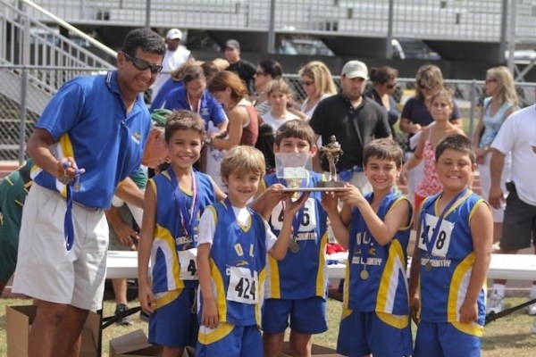 ADOM :: Lakes' cross country team wins big