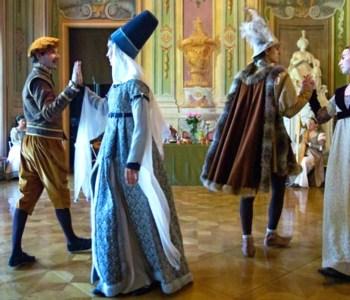 Renaisssance Festival in costume Palazzo Mediceo
