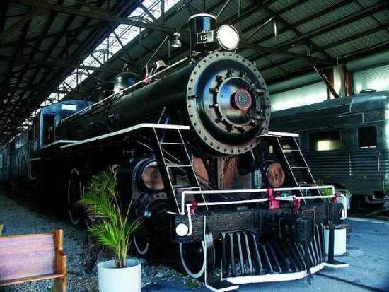 polar express train ride, Miami Christmas lights, Christmas lights Miami, MiamiCurated