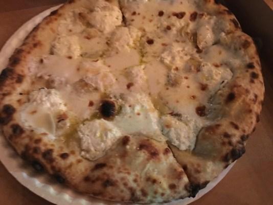 robertas pizzeria miami, MiamiCurated