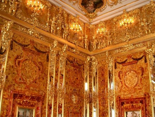 Amber room Peterhof, Russia travel, MiamiCurated