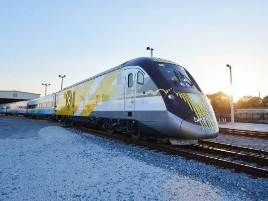 tasting train by Brightline, Brightline, things to do Miami, MiamiCurated
